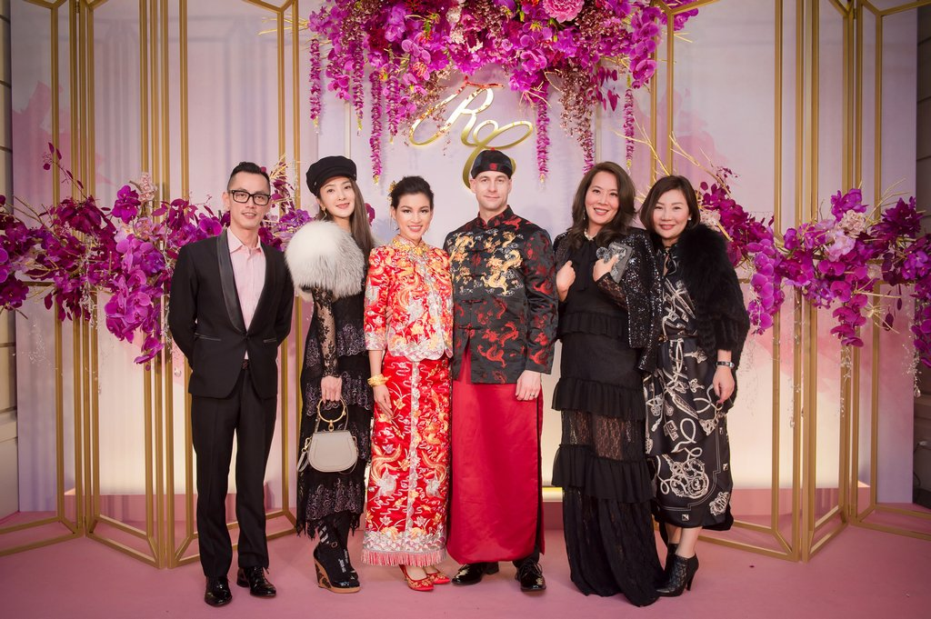 A-135- 婚攝, 婚攝勇年, 婚攝Yunis, 自助婚紗, 婚紗攝影, 婚攝推薦, 婚紗攝影推薦, 孕婦寫真, 孕婦寫真推薦, 台北孕婦寫真, 宜蘭孕婦寫真, 台中孕婦寫真, 高雄孕婦寫真,台北自助婚紗, 宜蘭自助婚紗, 台中自助婚紗, 高雄自助, 海外自助婚紗, 婚攝勇年, 台北婚攝, 孕婦寫真, 孕婦照, 台中婚禮紀錄, 婚禮攝影, 婚禮紀錄, 藝人婚禮, 自助婚紗, 婚紗攝影, 婚禮攝影推薦, 自助婚紗, 新生兒寫真, 海外婚禮攝影, 海島婚禮攝影, 峇里島婚攝, 風雲20攝影師, 寒舍艾美婚禮攝影, 東方文華婚禮攝影, 君悅酒店婚禮攝影, 萬豪酒店婚禮攝影, ISPWP & WPPI, 國際婚禮, 台北婚攝, 台中婚攝, 高雄婚攝, 婚攝推薦, 自助婚紗, 自主婚紗, 新生兒寫真, 孕婦寫真, 孕婦照, 孕婦, 寫真, 台中婚攝, 藝人婚禮紀錄, 藝人婚攝, 婚禮攝影, 台北婚禮紀錄, 藝人婚禮攝影, 自助婚紗, 婚紗攝影, 婚禮攝影推薦, 孕婦寫真, 自助婚紗, 新生兒寫真, 海外婚禮攝影, 海島婚禮, 峇里島婚攝, 寒舍艾美婚攝, 東方文華婚攝, 君悅酒店婚攝,  萬豪酒店婚攝, 君品酒店婚攝, 世貿三三婚攝, 翡麗詩莊園婚攝, 翰品婚攝, 顏氏牧場婚攝, 晶華酒店婚攝, 林酒店婚攝, 君品婚攝, 君悅婚攝, 翡麗詩婚禮攝影, 翡麗詩婚禮攝影, 文華東方婚攝,全家福 ,全家福照, 全家福攝影,全家福寫真, 親子寫真